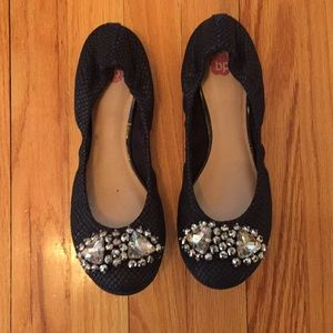 Gently worn size 8 flats